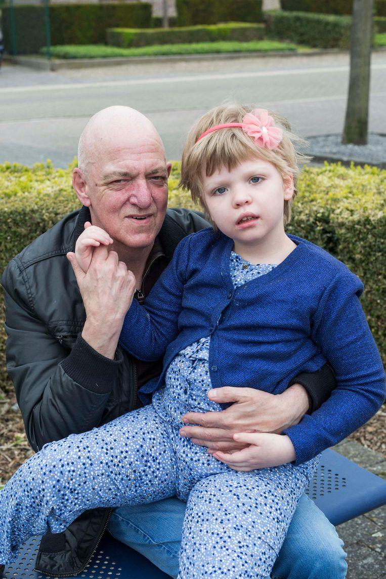 Jean Pierre Voncken en zijn dochtertje Sofie.