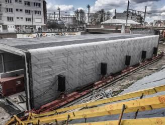 Huzarenstukje aan het station: fiets- en bustunnel wordt onder de sporen geschoven
