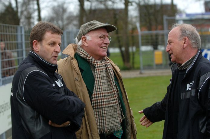 Philip Krant (rechts) met Kees Vermunt (midden) en Ruud Pennings (links) in 2008.