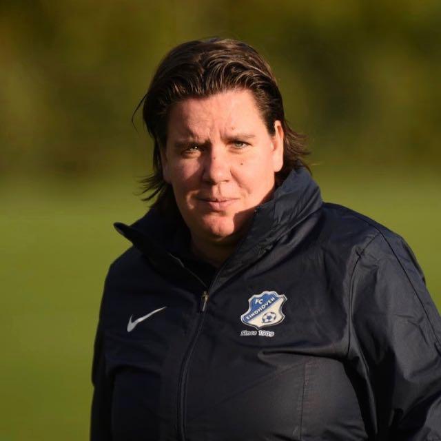 Sandra Swinkels, trainer van FC Eindhoven Vrouwen.