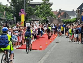 """Waarom vooral jonge fietsers vandaag een applaus verdienen: """"In West-Vlaanderen alleen al 2.014 ongevallen van en naar school in 5 jaar"""""""