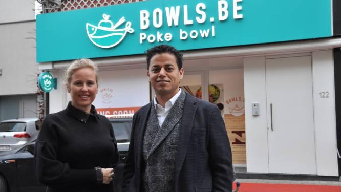 """Waregemse ondernemer pikt in op pokébowlhype en start fastfoodketen: """"Eerste vestiging in eigen stad, want ik blijf trouw aan mijn roots"""""""