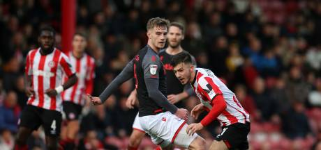 Dervisoglu droomt van Premier League met Brentford: 'Winnende goal maken op Wembley, dan word ik gek'