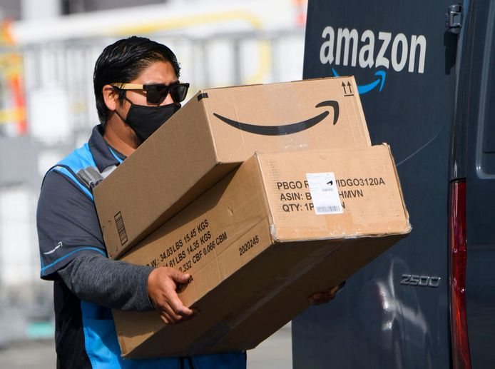 Het Amerikaanse internetbedrijf Amazon heeft zijn nettowinst in de periode januari-maart meer dan verdrievoudigd, tot 8,1 miljard dollar.