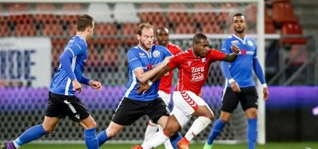 Boze FC Den Bosch supporters wilen geld terug: 'Het botert niet tussen trainer en spelers en wij zijn het slachtoffer'