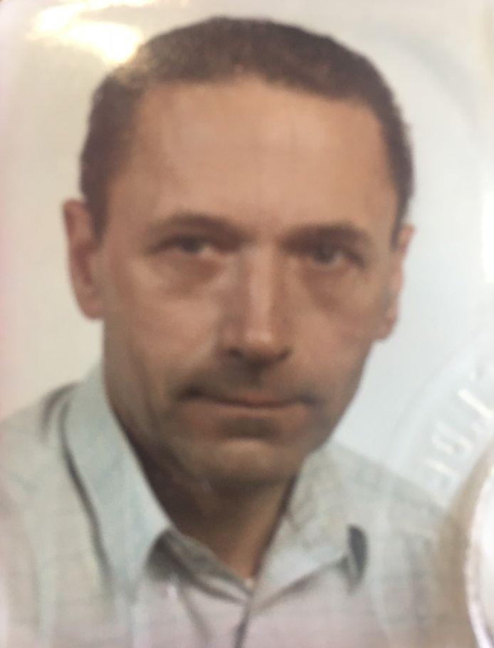 Hendrik Uyttenhove (84) verloor het leven na een ongeval in Roeselare.