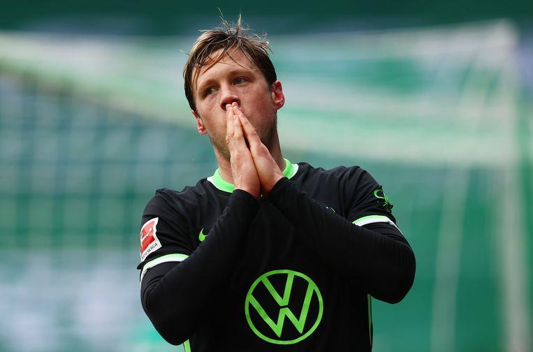 Wout Weghorst stelt zich ten doel minstens twintig keer te scoren in de Bundesliga. Beeld EPA