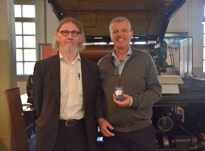 Wiskundige Jean Paul Van Bendegem (peter van het nieuwe kaartspel) en ontwerper Jan Pelssers