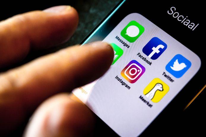 La police iranienne a arrêté trois personnes soupçonnées d'avoir cherché à vendre des bébés sur Instagram, a rapporté mercredi l'agence de presse Isna.