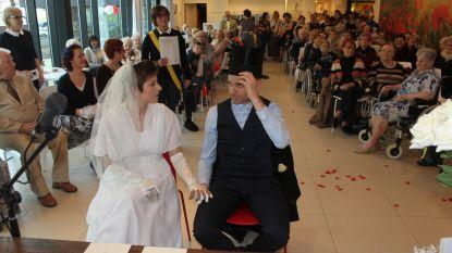 Retrohuwelijk in De Hopperank