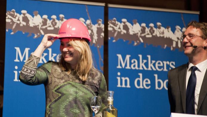 Schultz van Haegen wil meer vertrouwen en vrouwen in de bouw .