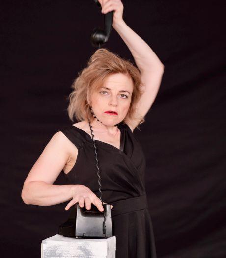 Ksenia Marasanova speelt en zingt over de oorlog: 'Ook in concentratiekampen hadden mensen een keuze'