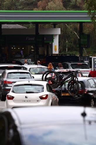 """Vlamingen in Londen over de stormloop op tankstations en winkelrekken: """"Brandstof lijkt wel wc-papier 2.0"""""""