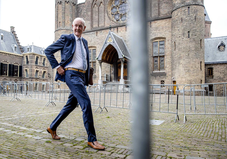 Informateur Johan Remkes op het Binnenhof.