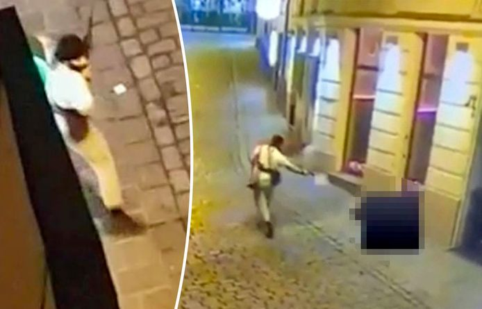 Un terroriste abat à bout portant un passant dans une rue de Vienne lors de l'attentat du 2 novembre 2020 le 2 novembre 2020.
