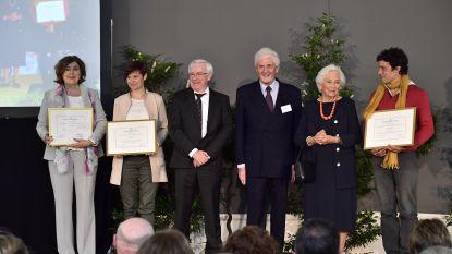 Stedelijk Lyceum Offerande eerste laureaat van de Koningin Paolaprijs voor het Onderwijs
