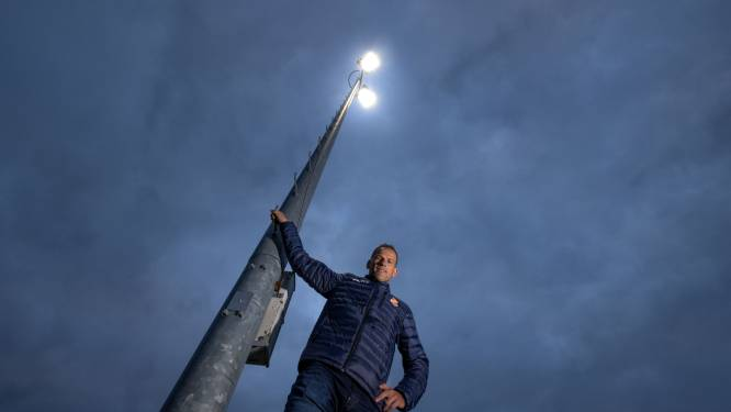 Wilsum voetbalt én scoort voor ledverlichting op het sportpark