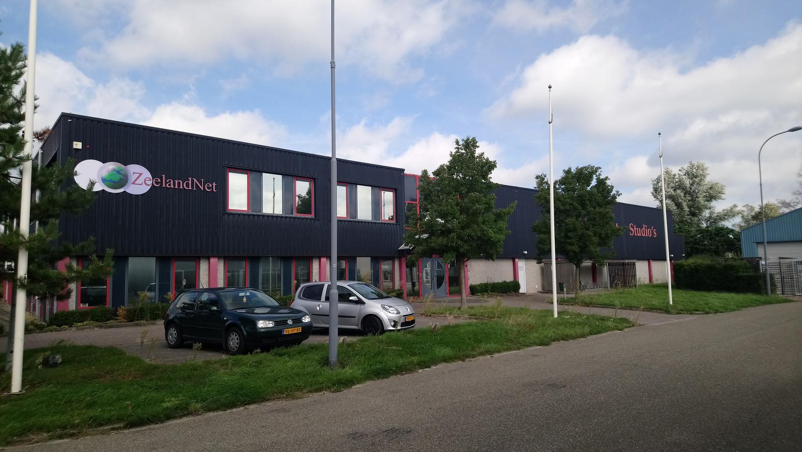 Het gebouw van Zeelandnet in Kamperland wordt verkocht aan Lubo International.