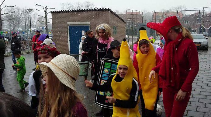 Carnaval op de Willibrordusschool in Zierikzee.