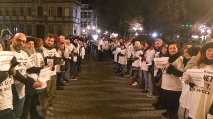 Brugse organisaties protesteren met wit T-shirt tegen Vlaamse besparingen