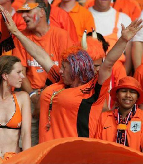 Waarschuwing aan Oranjefans: bewaar homoprotest voor in het stadion