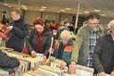 Veel animo voor de opening van de boekenbeurs die de Waspikse harmonie dit weekend houdt. Het is de laatste keer dat de beurs wordt georganiseerd.