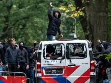 Politiebaas razend over rellen: 'Meerdere collega's en paarden zijn gewond geraakt'