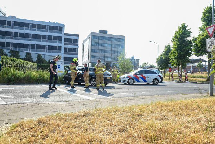 De auto kwam tot stilstand bij de Stadspoort in Ede
