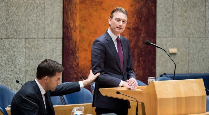 Halbe Zijlstra stapte op vanwege de leugen die hij heeft verteld over zijn ontmoeting met de Russische president Vladimir Poetin