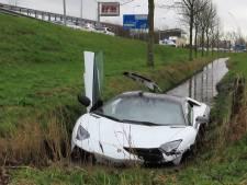 Lamborghini in de sloot: bestuurder meldt zich alsnog