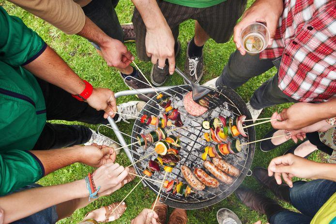 Les barbecues peuvent être organisés dans le strict cercle familial. Ce qui n'est manifestement pas rentré dans la tête de tout le monde...