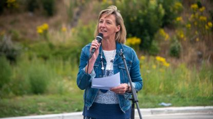 """Elsie Sierens (Open Vld): """"Plaatsvervangende schaamte. Waar wacht paars-geel op?"""""""