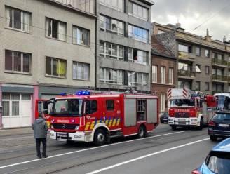 Kelderbrandje door defecte ketel: 2 mensen afgevoerd naar het ziekenhuis