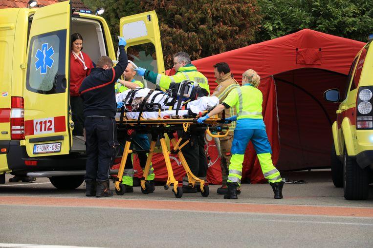 Het slachtoffer werd in kritieke toestand afgevoerd.