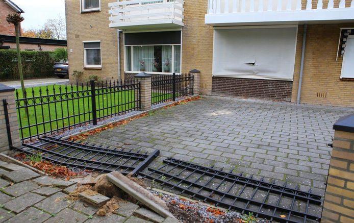 De schade na de eerste inval met het pantservoertuig aan de Geulweg in Den Bosch, in oktober 2020.