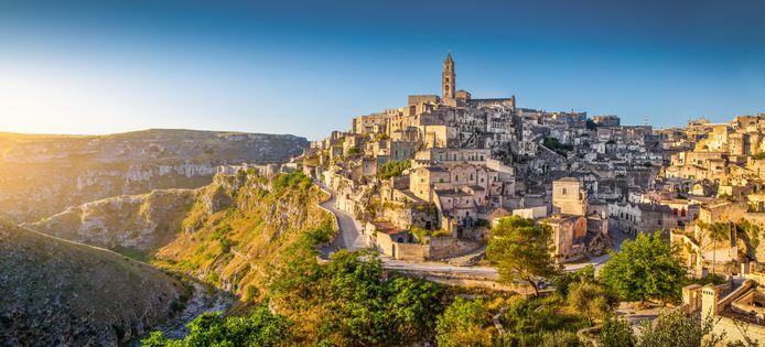 Italië kleurt afgezien van enkele regio's (waaronder Basilicata) volledig groen.