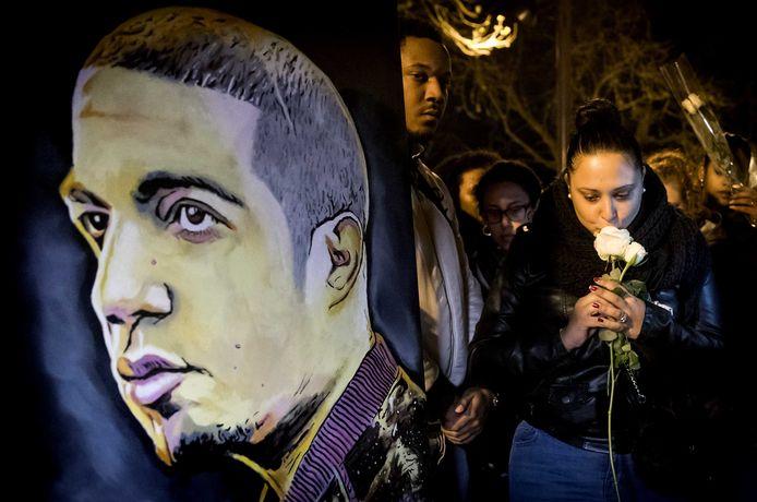 De begin 2019 doodgeschoten Faisal Mssyeh (32), beter bekend als rapper Feis, krijgt een eerbetoon aan de West-Kruiskade.