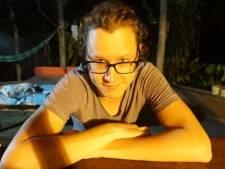 Yvo (34) gaat elk jaar een maand op vakantie voor 1000 euro: 'Vier dagen naar Albanië tuffen, naar een camping zonder luxe'