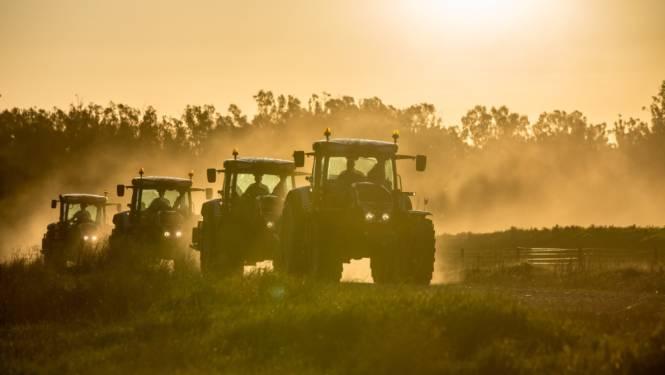Colonne van tractoren veroorzaakt mogelijk plaatselijke verkeershinder