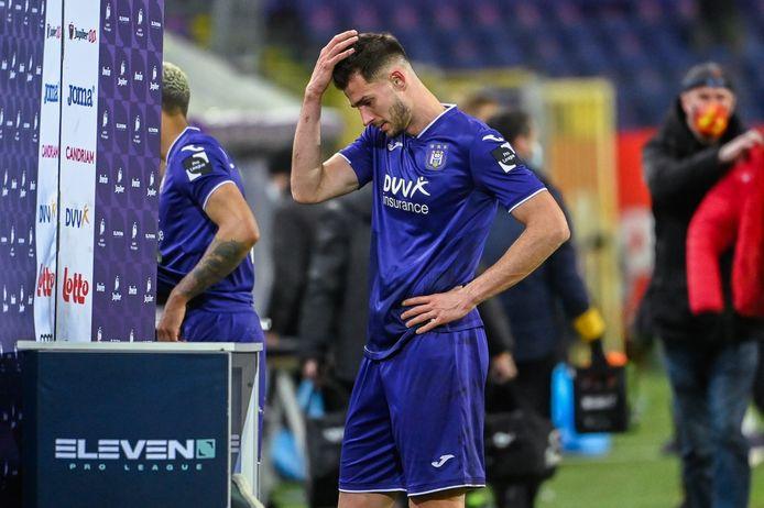 Les belles occasions passent, Anderlecht les laisse filer.