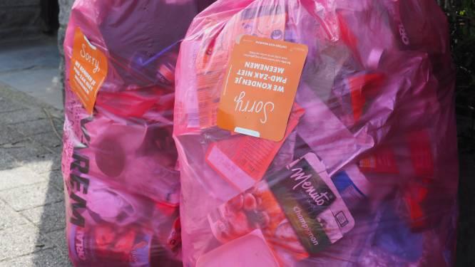 Nieuwe regels nog niet overal ingeburgerd: ophalers laten 499 roze zakken staan