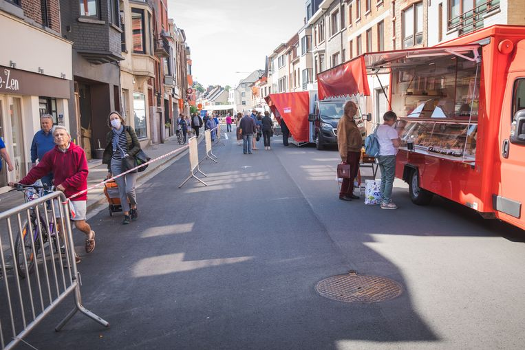 De markt in Gentbrugge vanmorgen, de eerste in het post-lockdown-tijdperk.