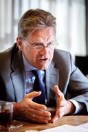 Burgemeester Rob Bats neemt het voortouw in de regio IJsselland om digitale criminaliteit steviger aan te pakken.