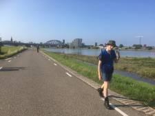 De onbedwingbare behoefte om in juli naar Elst te wandelen