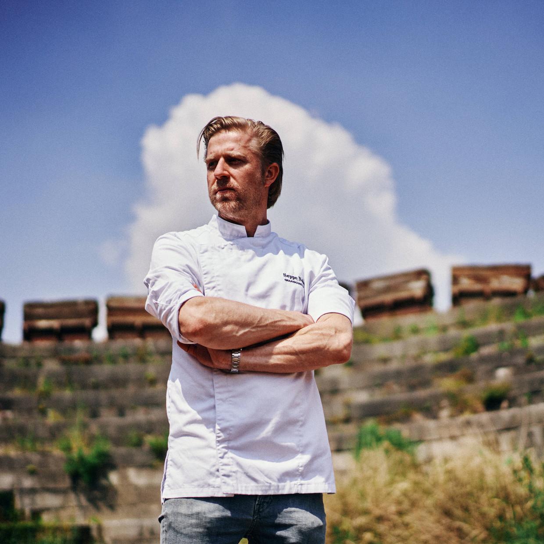 Chef Seppe Nobels verlaat restaurant Graanmarkt 13 en gooit het over een andere boeg. Beeld Thomas Sweertvaegher