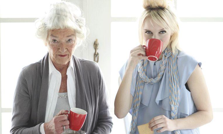 Onwijs De 9 geheimen van vrouwen die gracieus oud worden VK-45