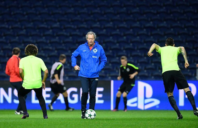 Preud'homme: 'Trainers kunnen zich niet verdedigen tijdens de wedstrijd, of we hebben een proces-verbaal aan ons been.' Beeld AFP