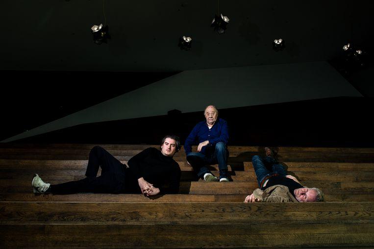 Van links naar rechts: Ronald Top, Frits Lambrechts en Jan-Willem van Beek van Filmclub Noord. Beeld Nosh Neneh