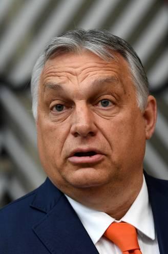 """Premier De Croo noemt nieuwe Hongaarse 'antihomo'-wet """"achterlijk"""", Hongaarse premier Orbán verdedigt ze met vuur"""