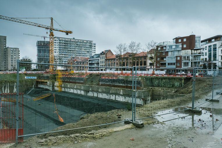 De heraanleg van de Gedempte Zuiderdokken werd in de zomer van 2018 stilgelegd. Beeld Wouter Van Vooren